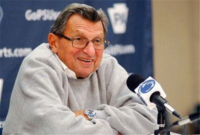 Penn State Football Coach Joe Paterno Died Of Lung Cancer