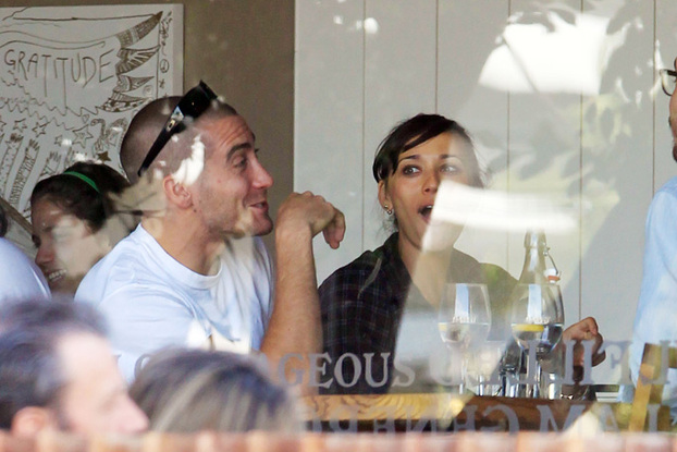 who is jake gyllenhaal dating august 2012