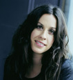 Alanis Morissette opens up about Recovery from Eating Disorders