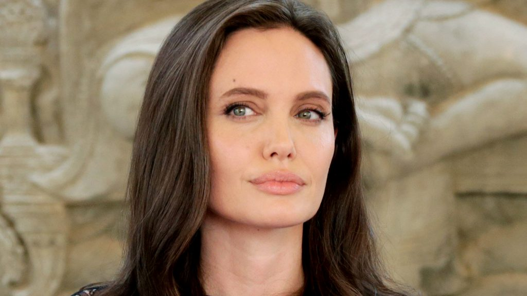 Angelina Jolie is not happy with Vanity Fair and here's why!